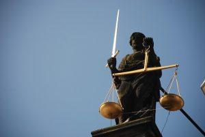 obstruçao da justiça